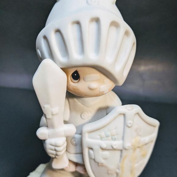 Precious moments figurine collectable Enesco